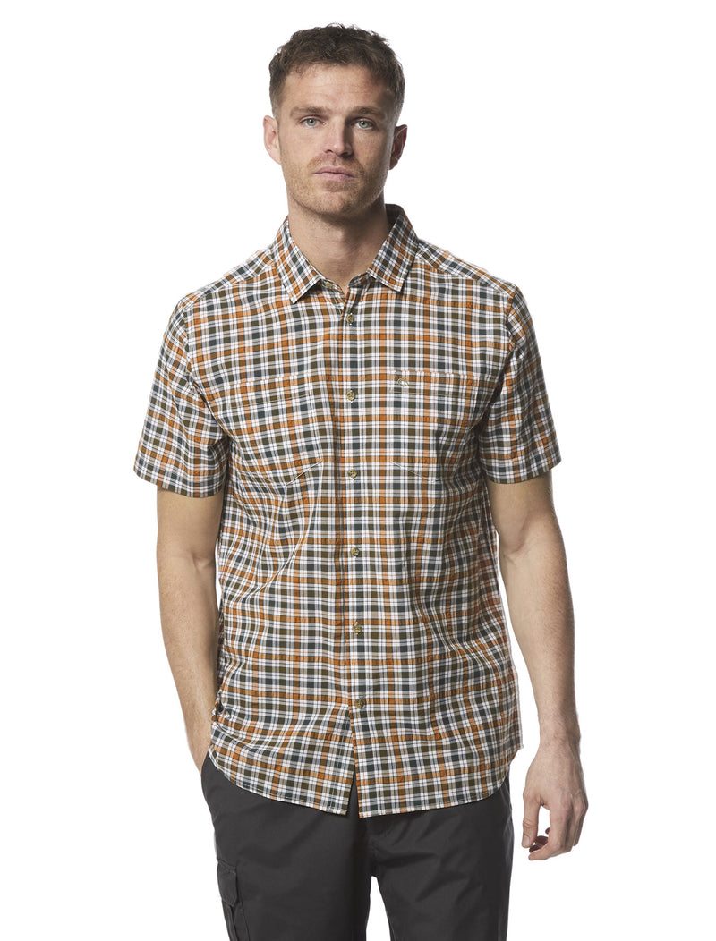 man looking forwrd wearin Craghoppers Giovanni Short Sleeved Shirt