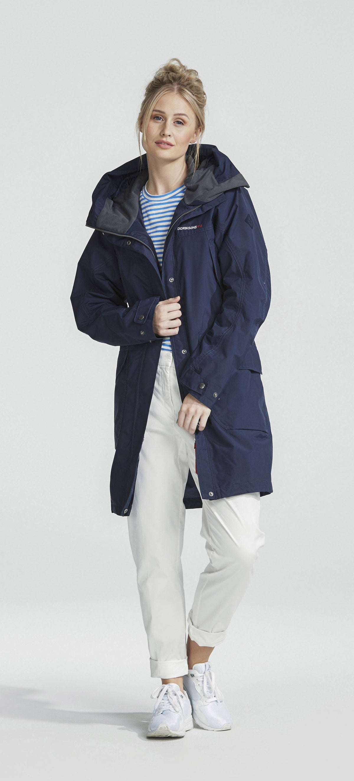 lady wearing navy Didriksons Ladies Thelma Waterproof parka coat
