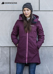 women's waterproof Parka by Didriksons - Scandinavia's leading outdoor clothing specialists is a stylish 3/4 length