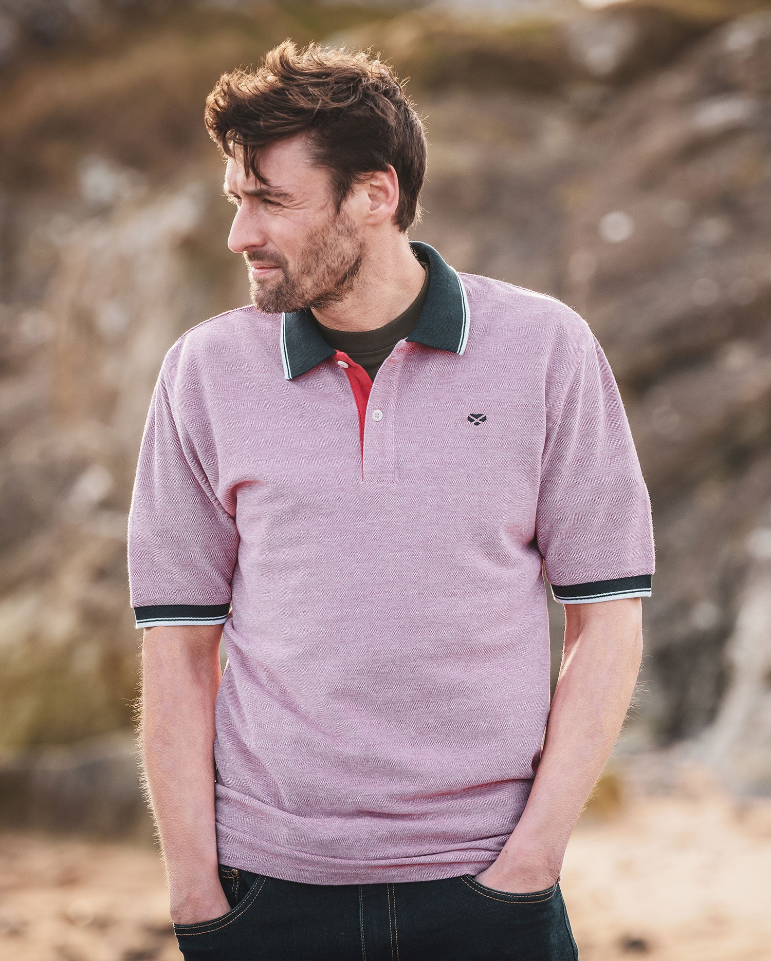 Contrast finish on the Hoggs Kinghorn polo shirt
