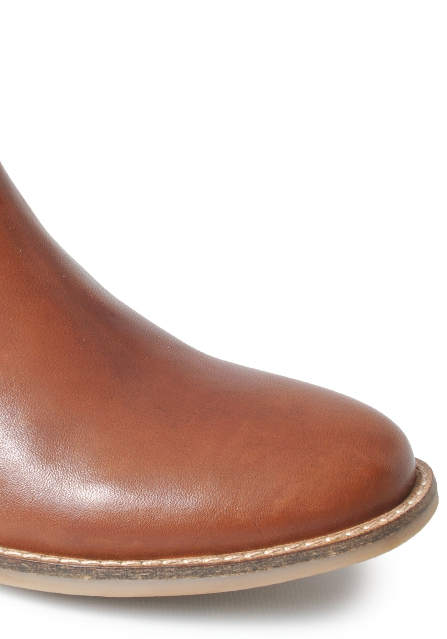 Stitched toe detail, leather upper tan brown