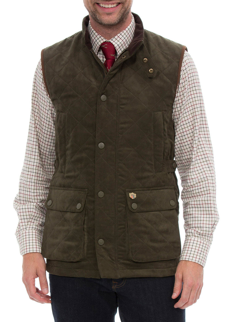 Man wearing Alan Paine Felwell Quilted Waistcoat