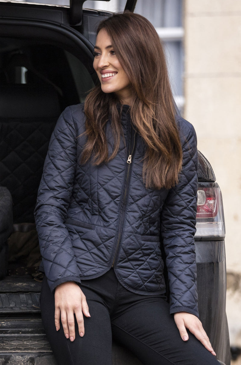 lady wearing Alan Paine Surrey Country Quilt Jacket in black