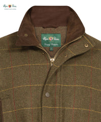 collar detail Combrook Men's Tweed Shooting Coat by Alan Paine