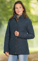 country lady wearing Baleno Cheltenham Quilted Jacket