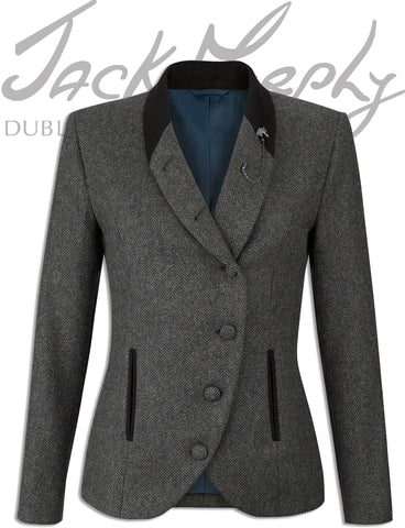 beth in knockmore tweed by jack murphy