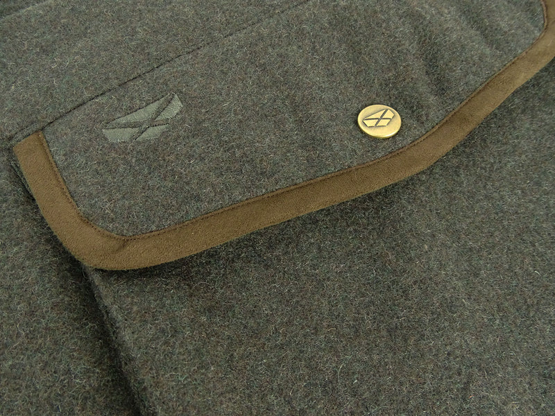 Pocket flap detail
