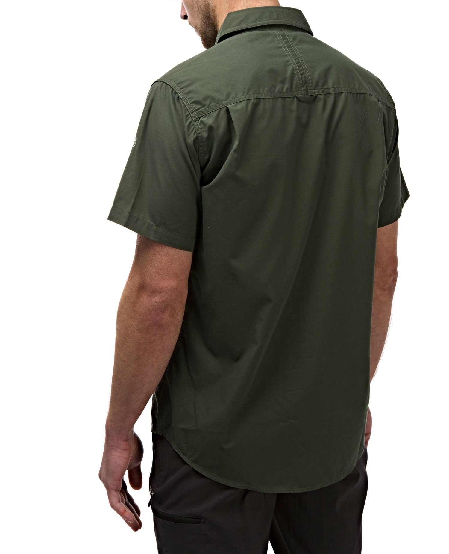 rear view Cedar GreenCedar green Man's Bush shirt with short sleeves
