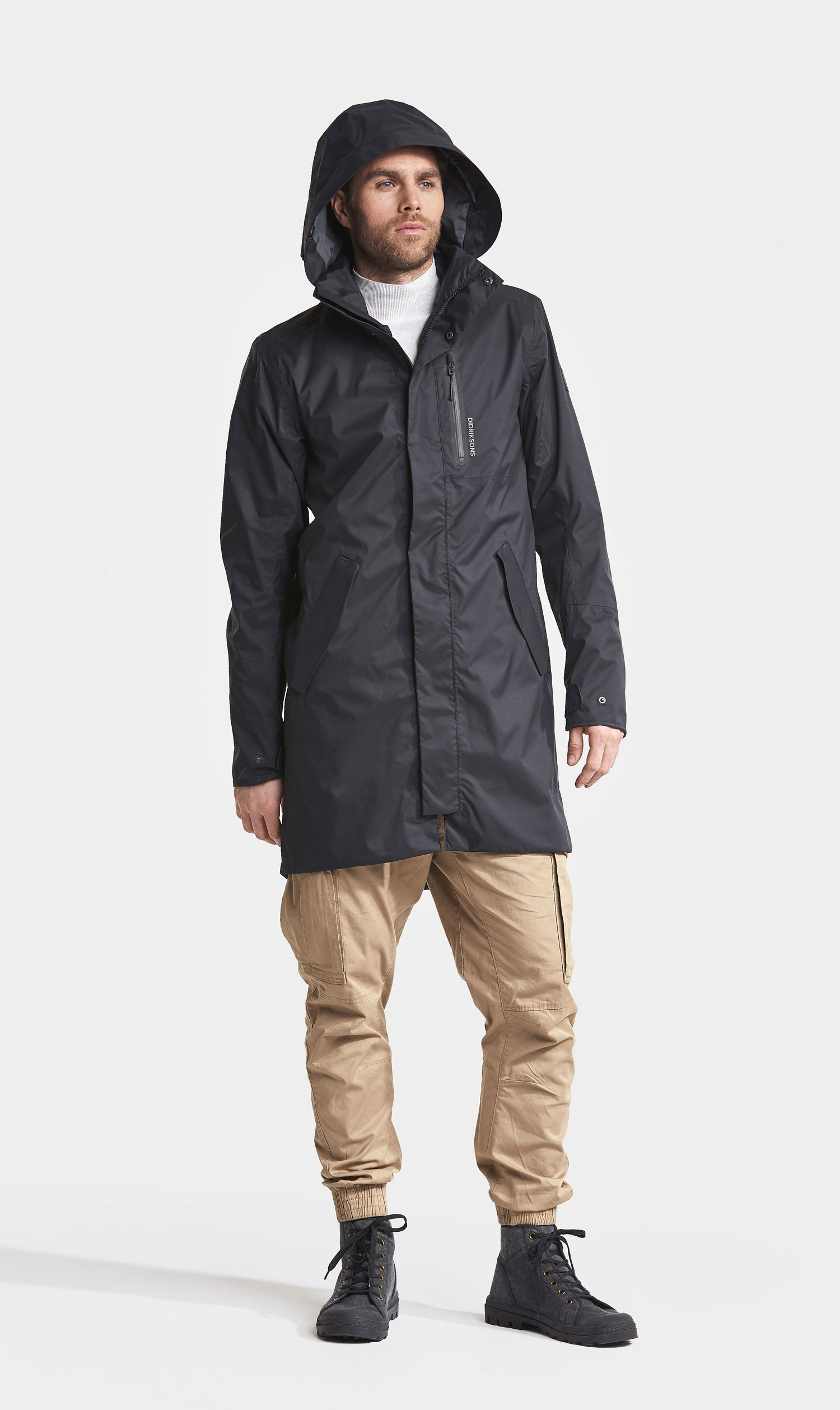 With hood up Didriksons Arnold Waterproof Parka