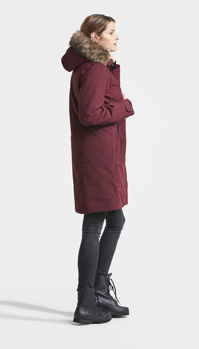 Side view parka in red