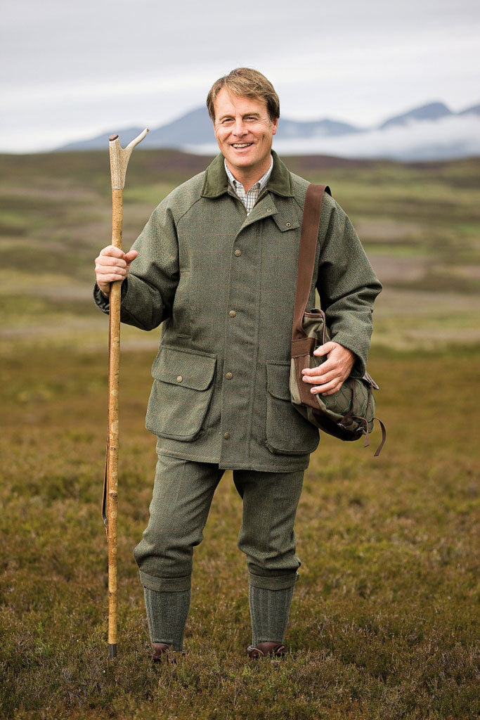 man on moor wearing Hoggs of Fife Edinburgh Tweed Jacket
