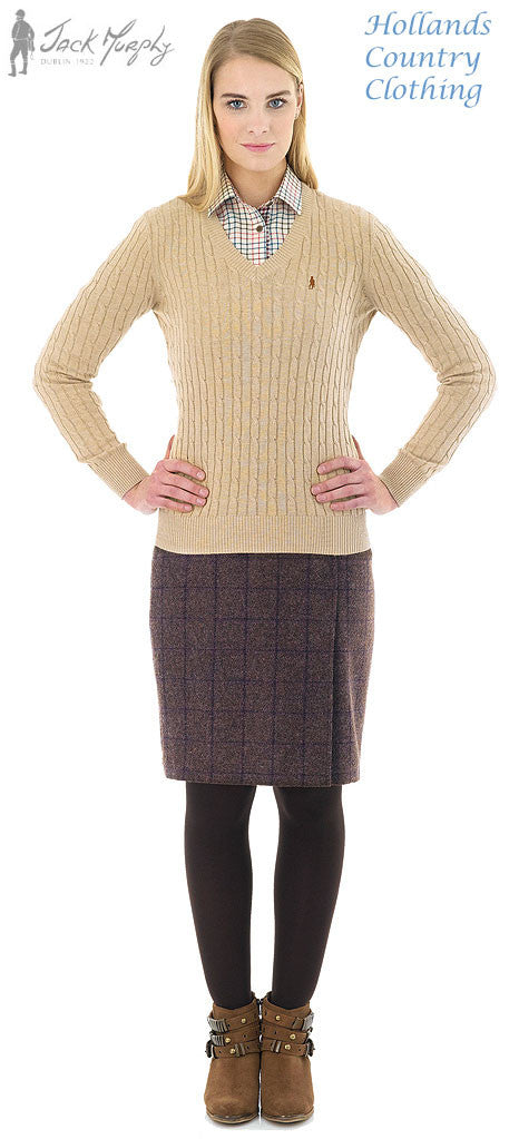 lady wearing Jack Murphy Classic Ladies V Neck Pullover