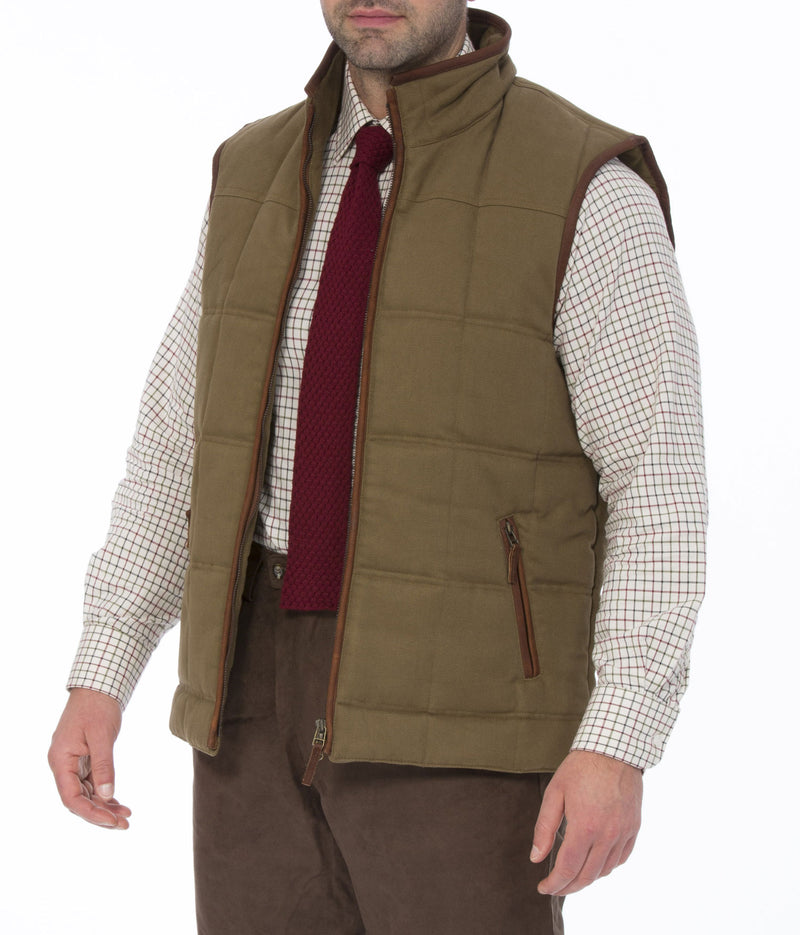 Open at the front Kexby Men's Quilted Gilet by Alan Paine
