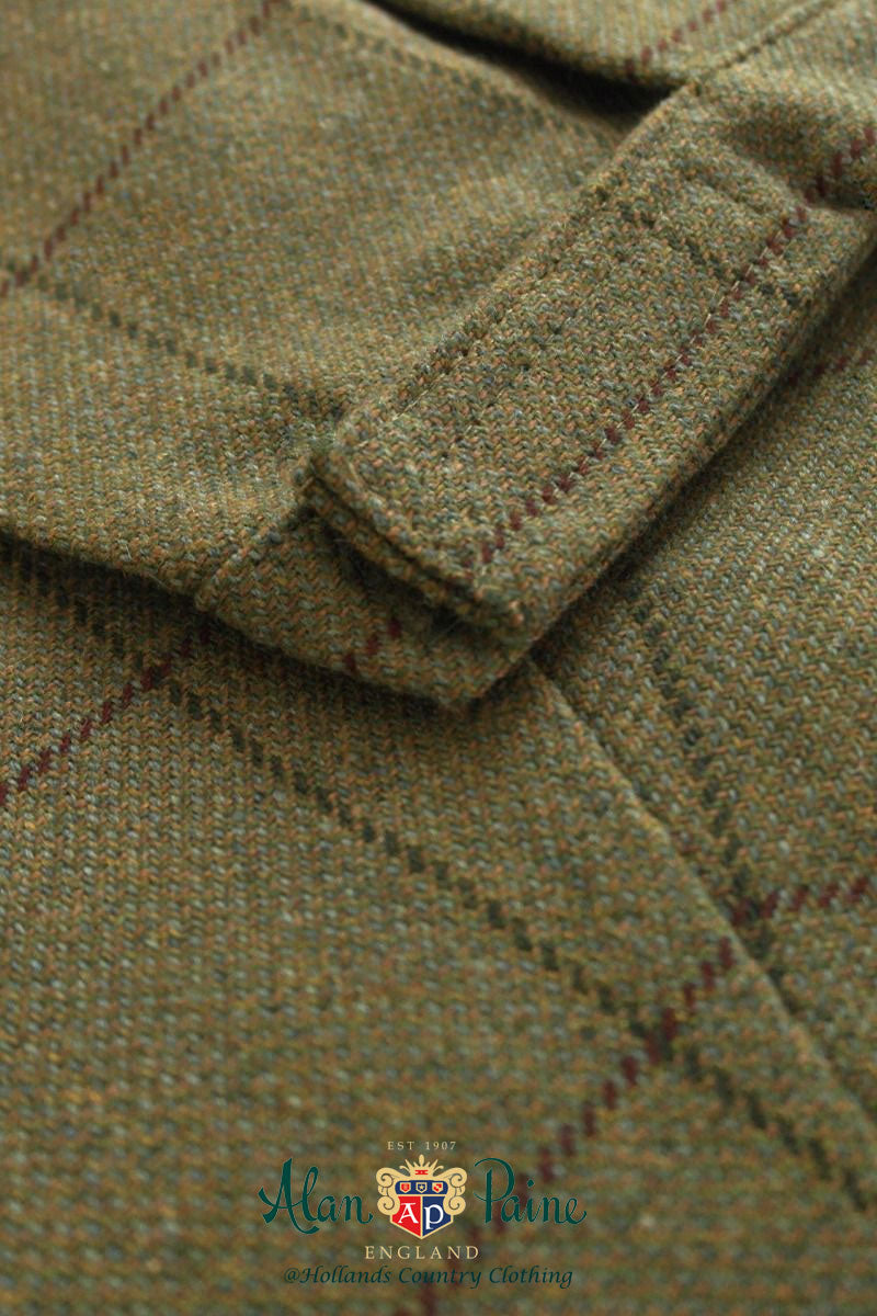 hem tab Alan Paine Rutland Tweed Breeks | Lichen