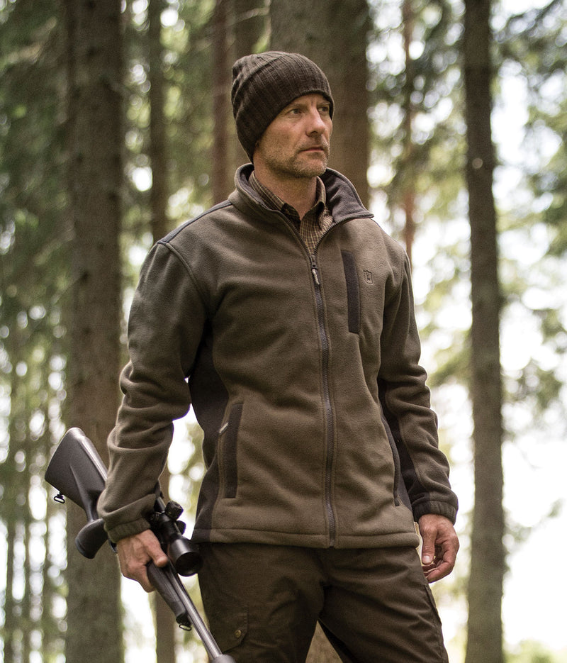 hunting in a Lofoten Polar Fleece Jacket by Deerhunter