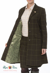 showing lining Alan Paine Combrook Mid-Length Tweed Coat | Avocado