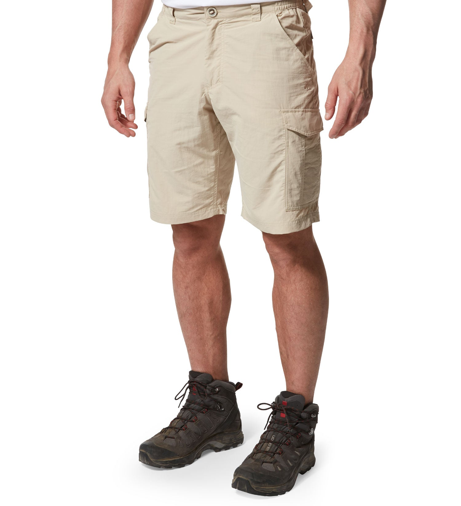 Men's Travel shorts with cargo pockets