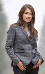 Lady wear classic British Tweed Blazer from alan paine in lake blue