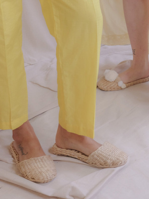 Plain Straw Slippers