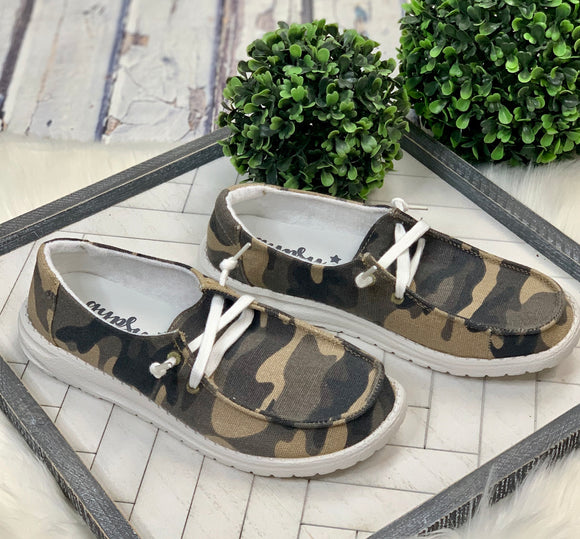 Look Alike Slip-On: Camo
