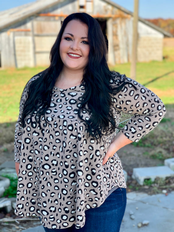 CURVY In The Moment Cheetah Top