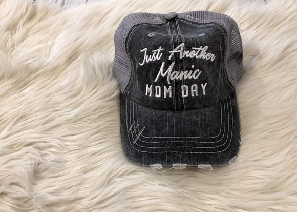 Trucker Hat : Just Another Manic Mom Day