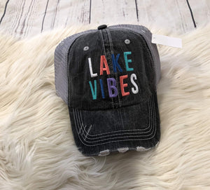 Trucker Hat : Lake Vibes