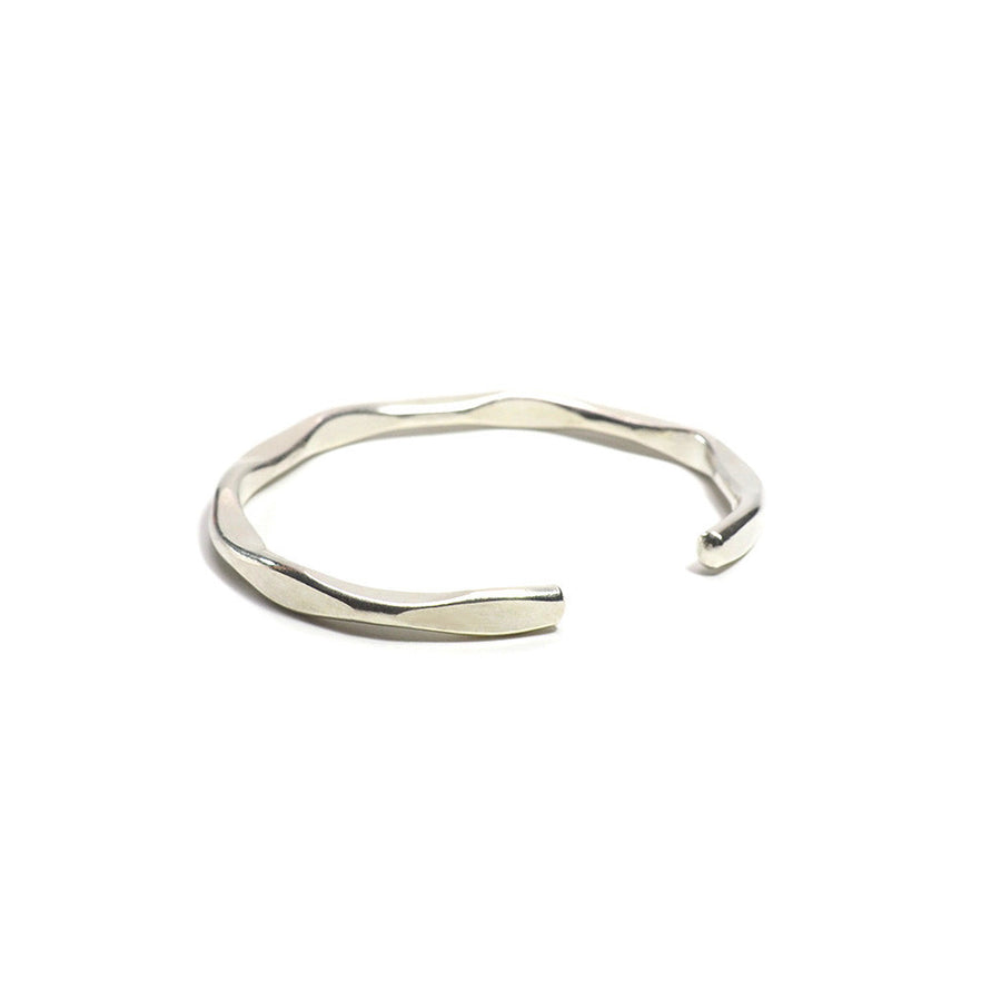 STERLING SILVER THIN RUFFLES OPEN BANGLE