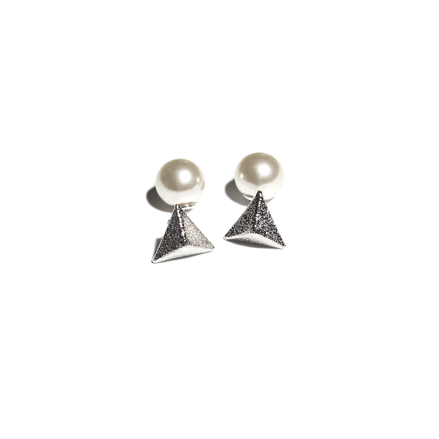 STATEMENT TRIANGLE PEARL EAR JACKET