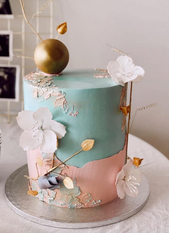 Pink and blue gender reveal cake.