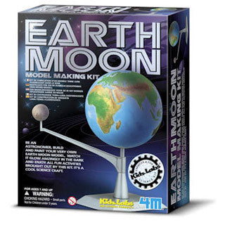 Earth And Moon Model Kit - ToySmith/4M - eBeanstalk