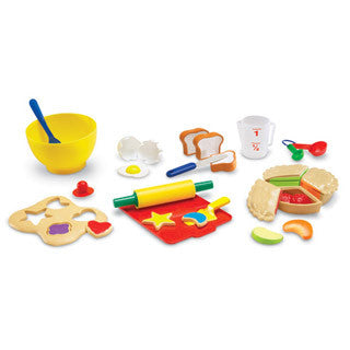 Pretend & Play Bakery Set - Learning Resources - eBeanstalk
