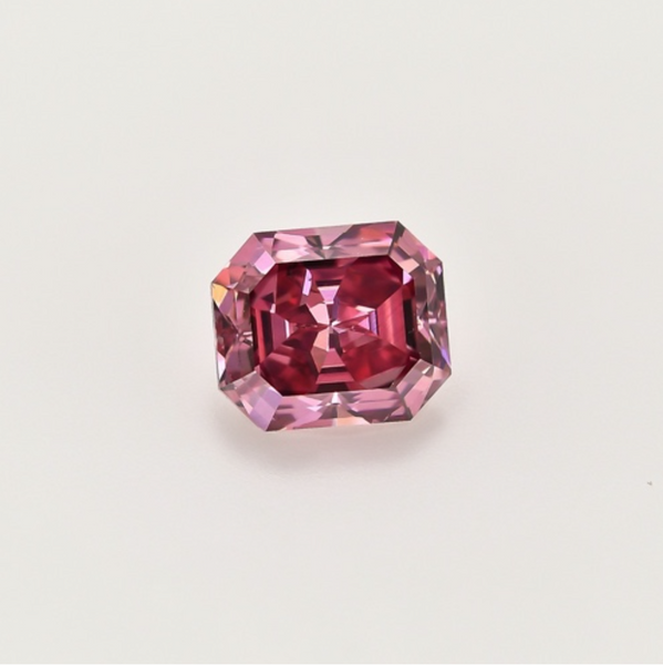 0.83 ct Fancy Purplish SI1 Red Step cut from the Argyle mines