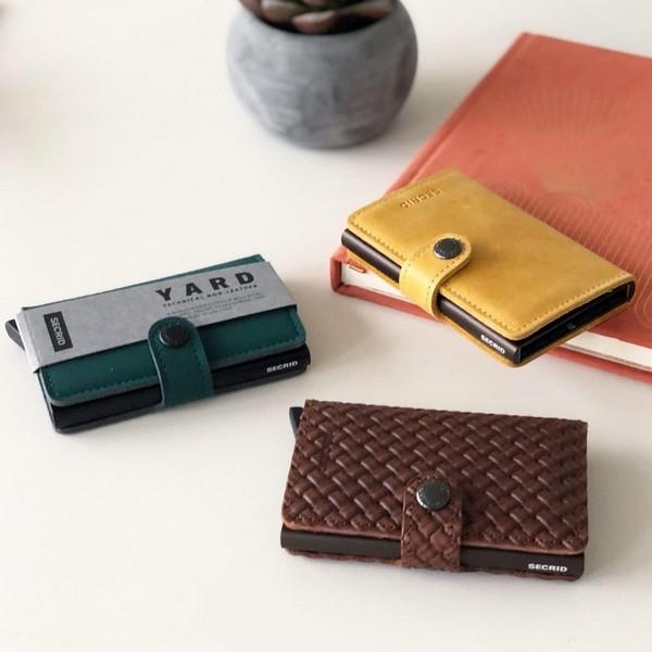 Yard Green Non-leather Miniwallet | boogie + birdie