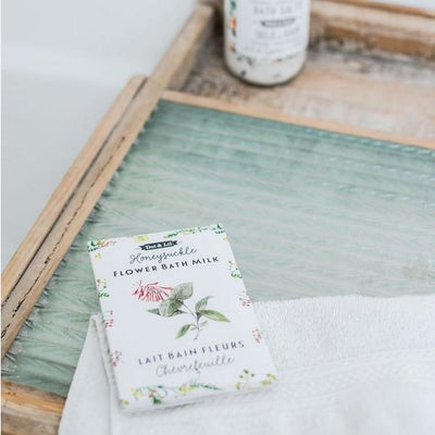 Lavender & Hibiscus Flower Milk Bath Soak