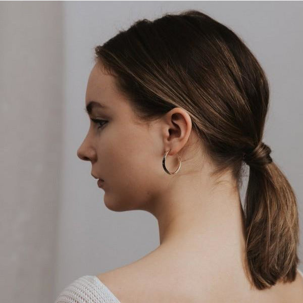 Silver Taylor Twist Hoop Earrings | boogie + birdie