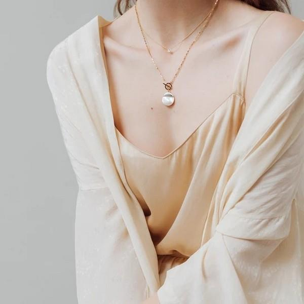 White Oasis Toggle Necklace | boogie + birdie