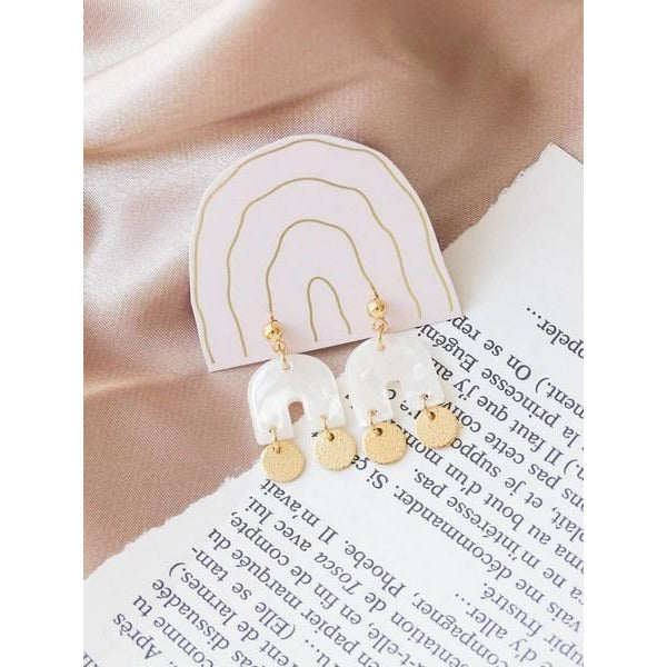 Opalescent Cream Sia U Earrings | boogie + birdie