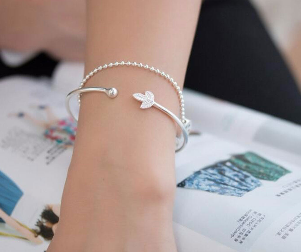 Anar Fashion Open Leaf Bracelet