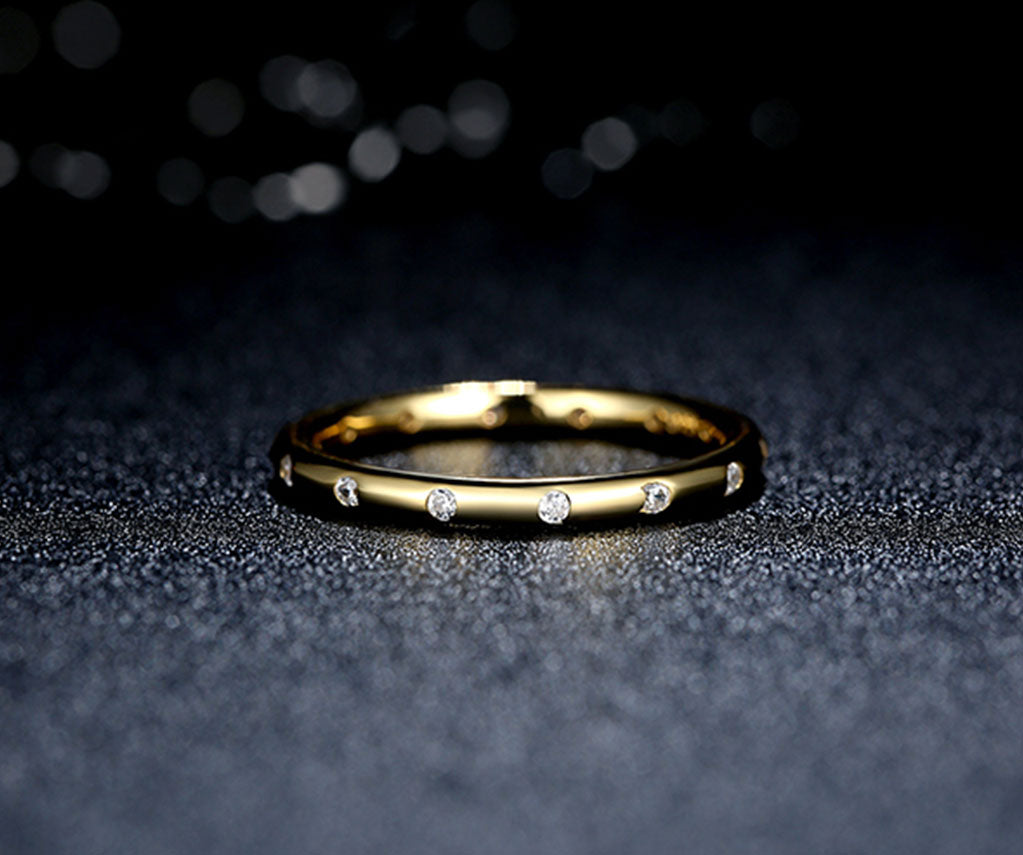Gold Droplets Classic Ring
