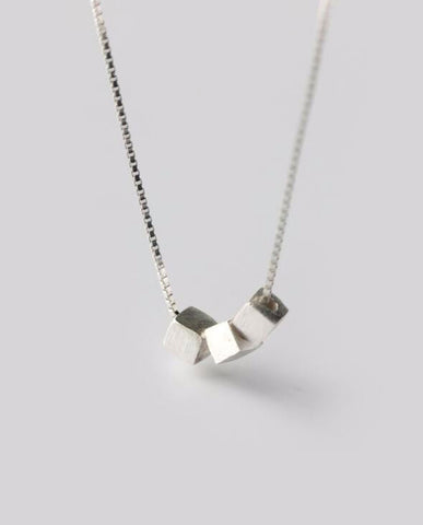 Anar Fashion Delicado Cube 3 Necklaces