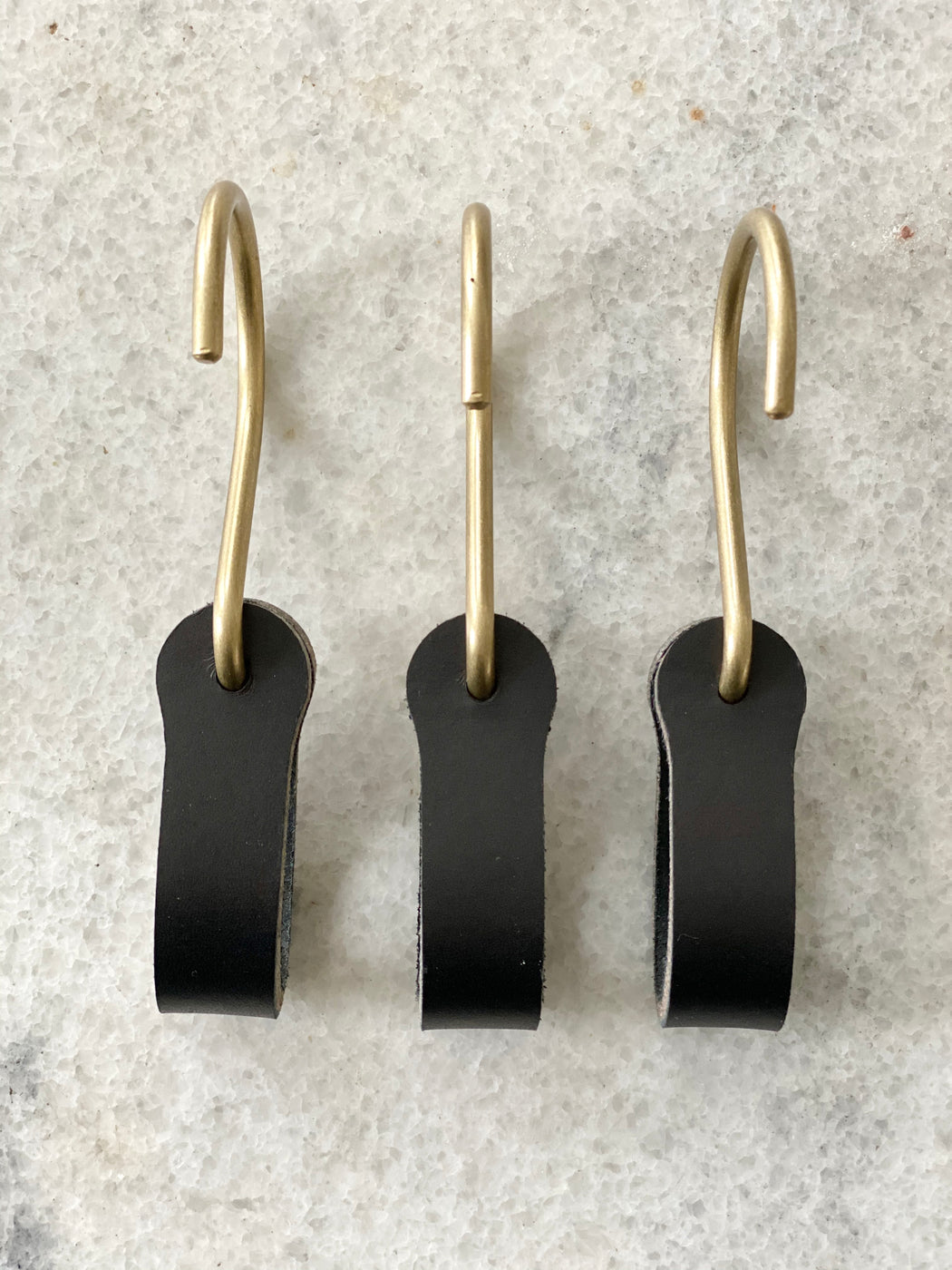 Ludlow Leather Hooks - Black