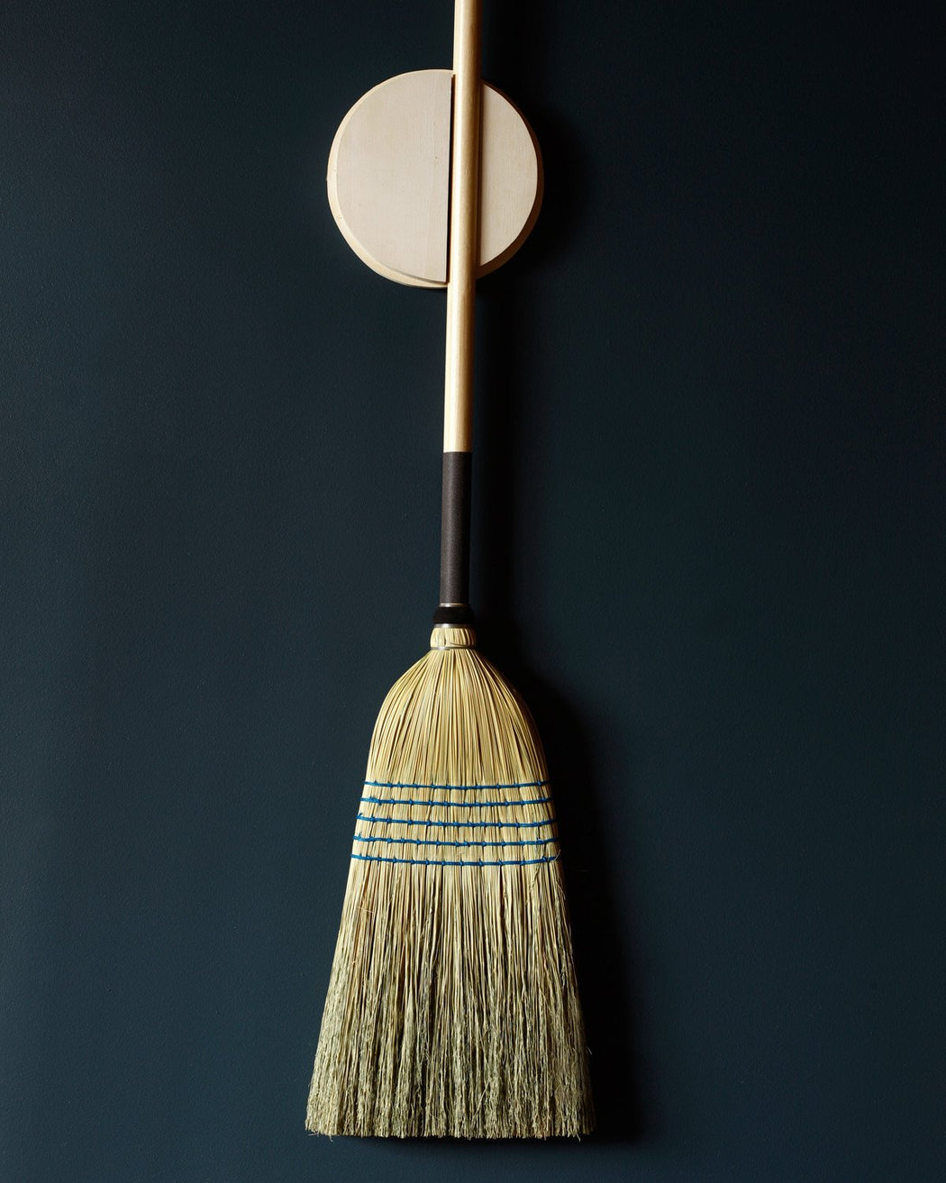 Lostine Broom Holder with Barn Broom