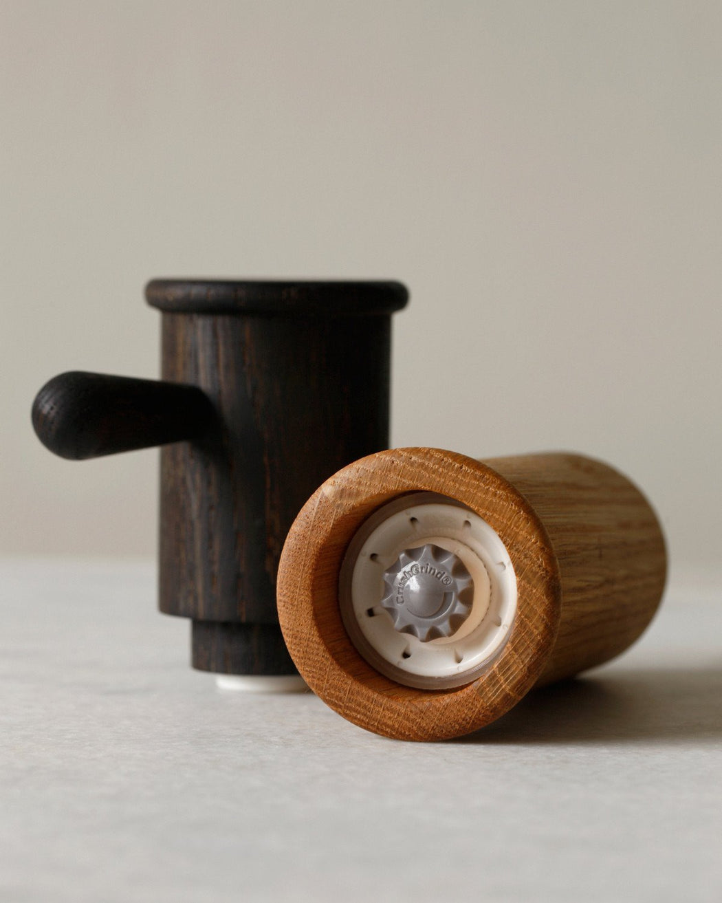 Lostine salt or pepper mill - grinder