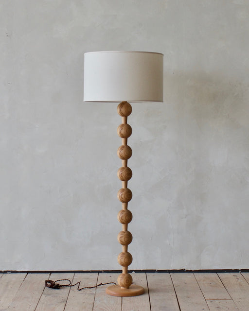 Lostine Hugo Wood floor lamp