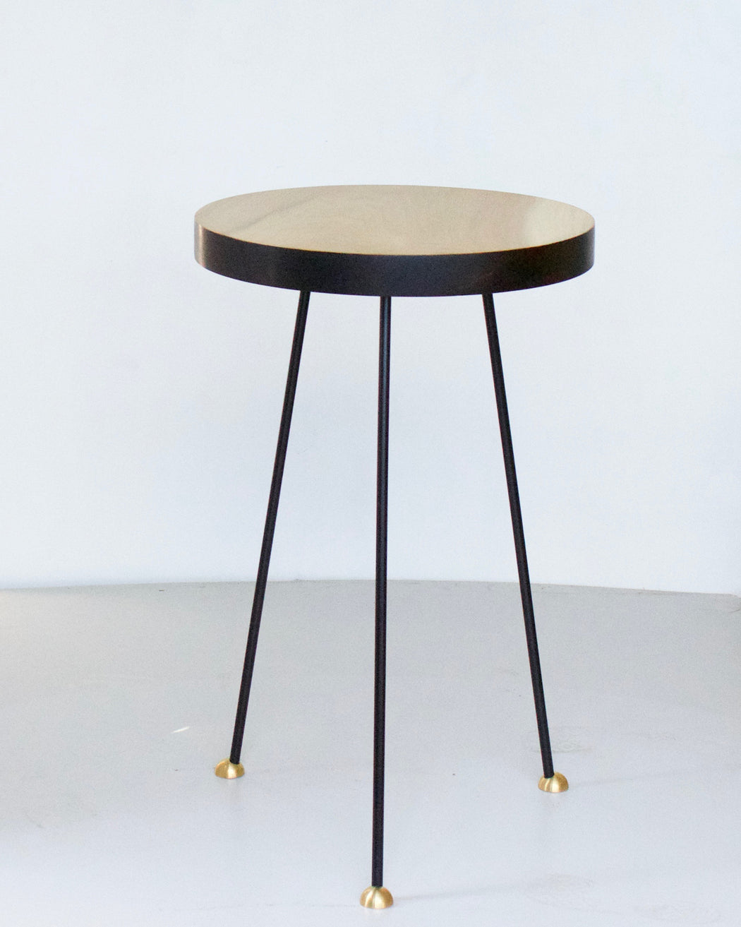 Tripod Side Table - Furniture - Lostine