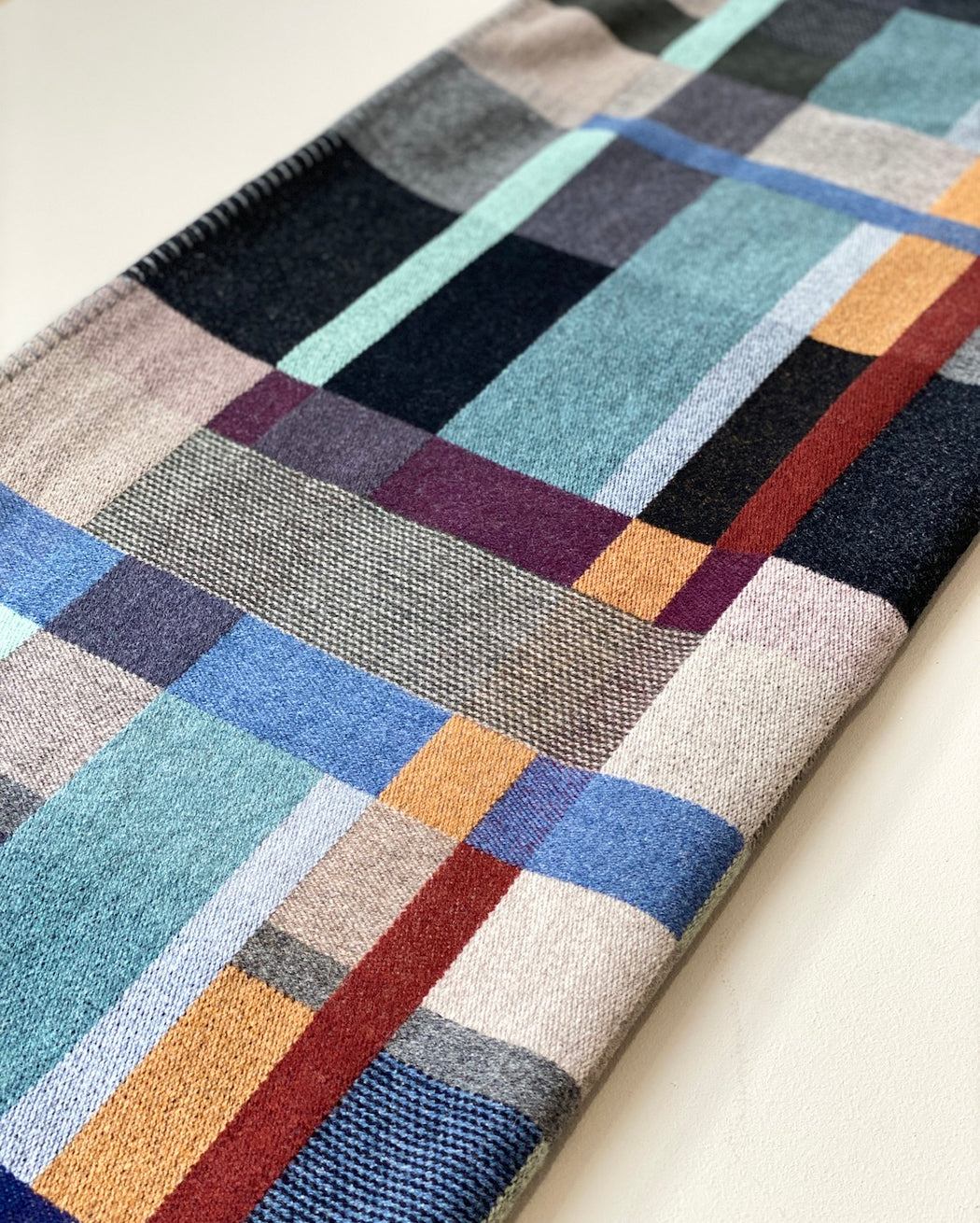 Lambswool Throw - Erno Dark