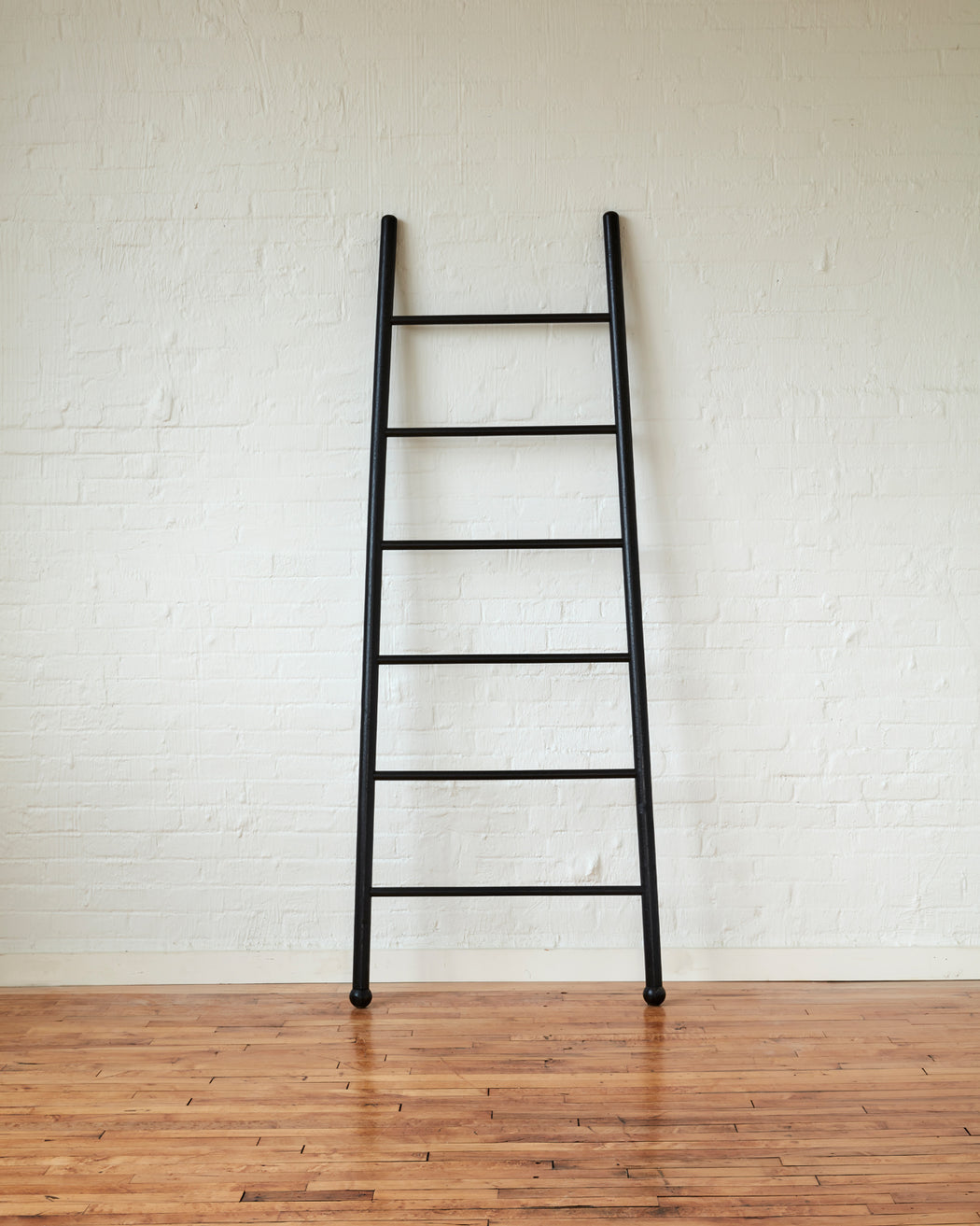 Black Bloak Ladders
