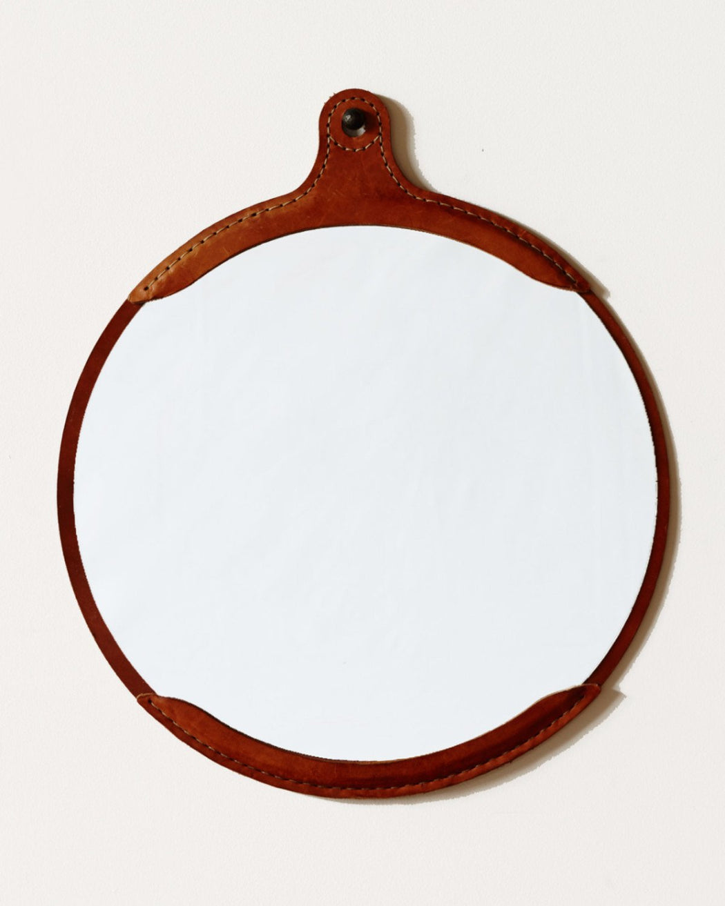 Lostine Fairmount round leather mirror