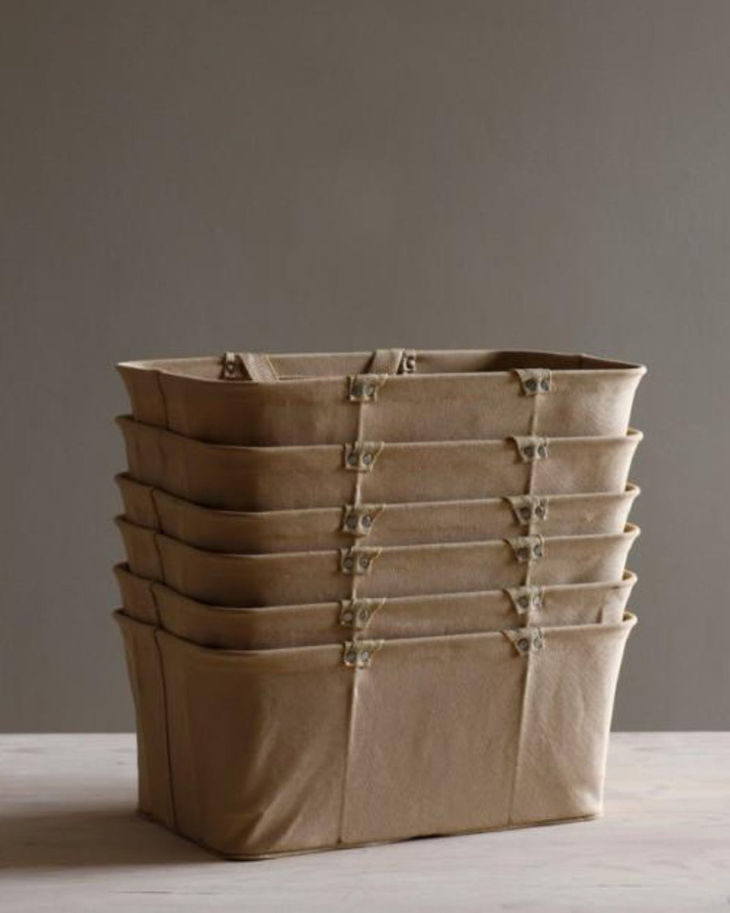 Lostine canvas shopping basket natural